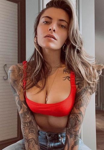 sophia-thomalla-RED-SEXY-MODEL